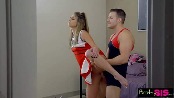 Bratty Sis – BFF Catches StepBro Creaming His Sisters Pussy! S6:E8